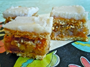 Graham Cracker Dream Bars