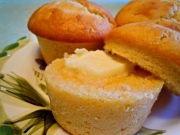 Buttery Sour Cream Corn Bread Muffins