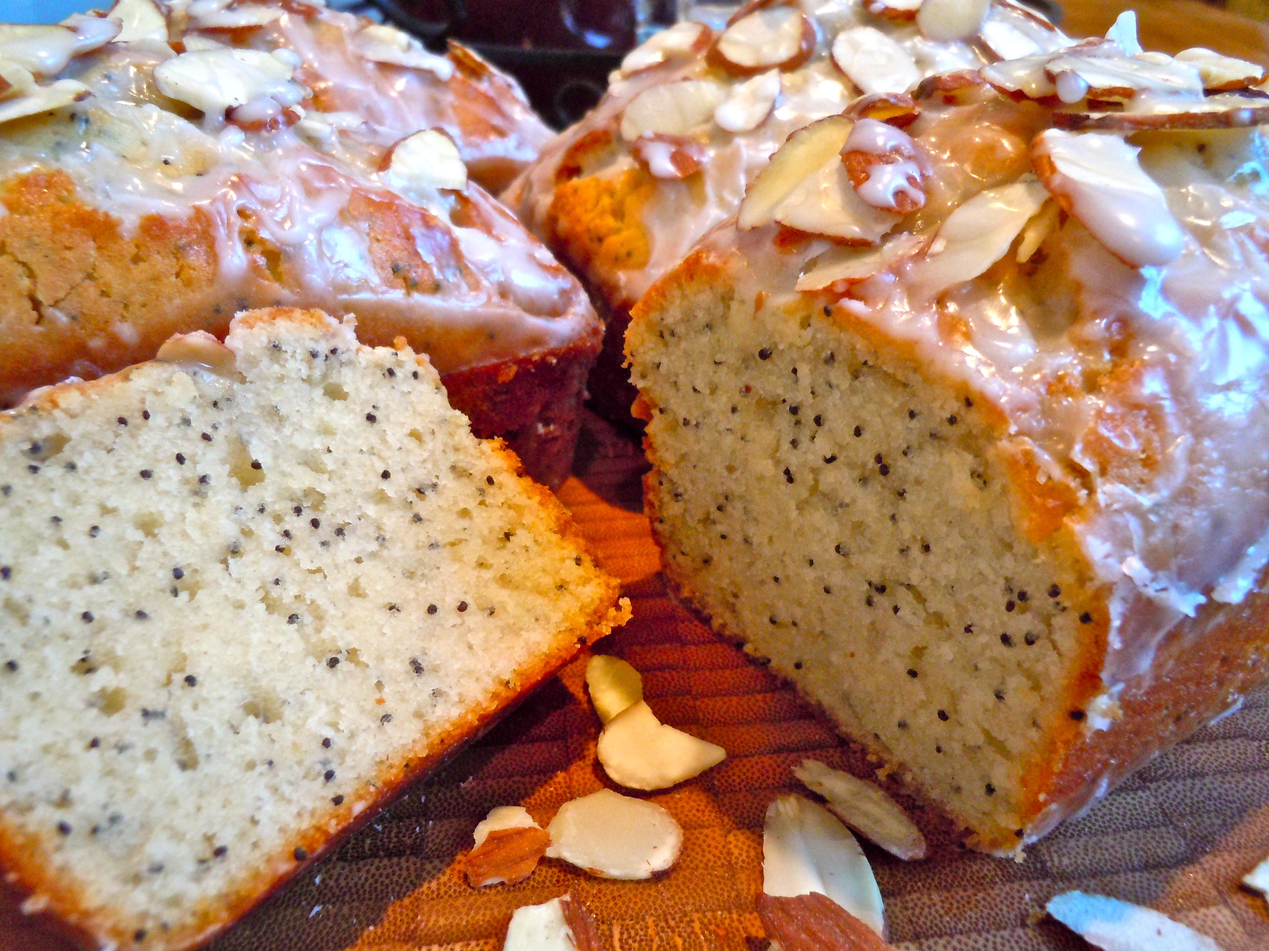 Almond Poppyseed Bread with Almond Glaze | CookiesCakesPiesOhMy