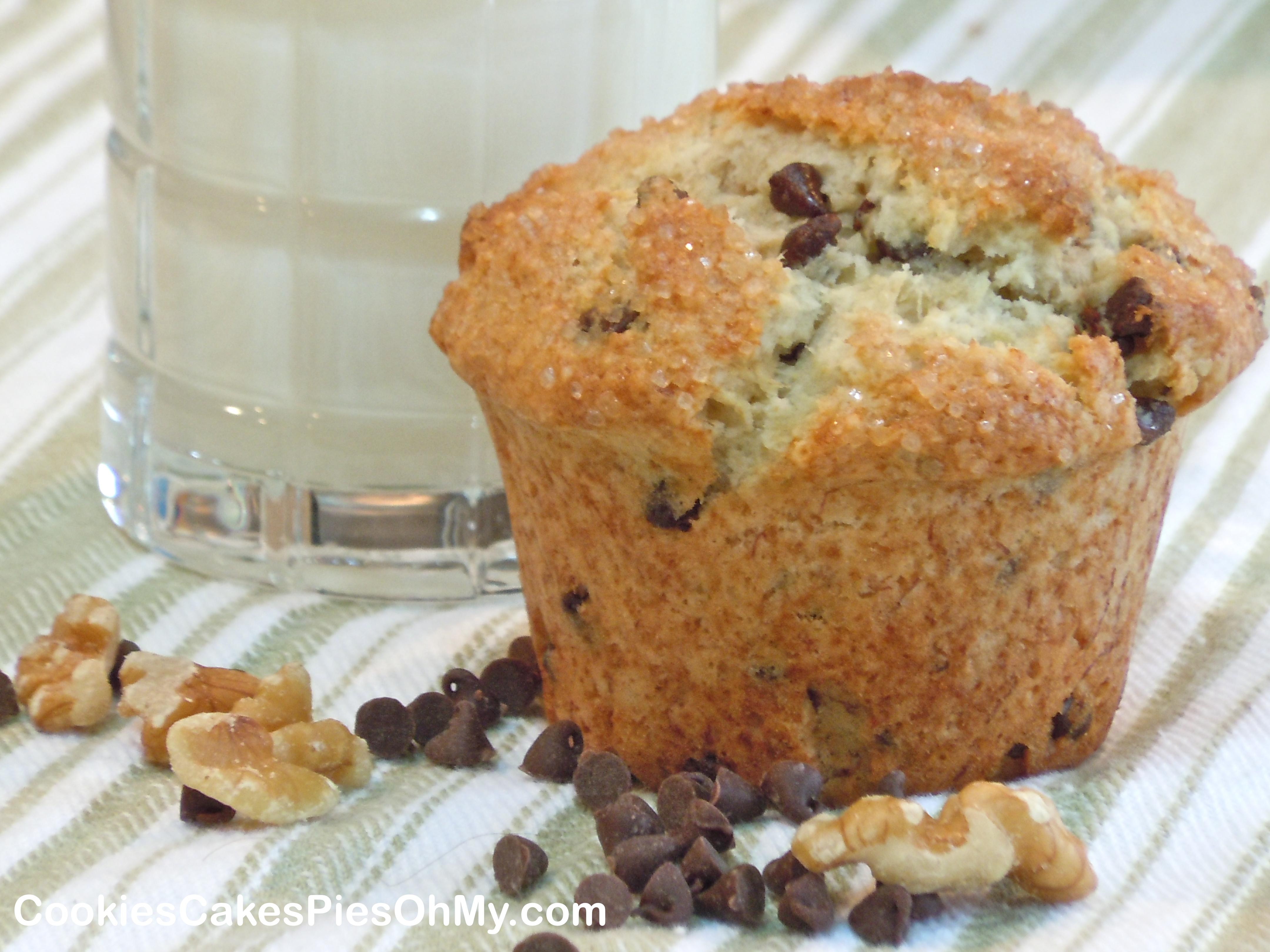 Banana Chocolate Chip Muffins…Two Ways   CookiesCakesPiesOhMy