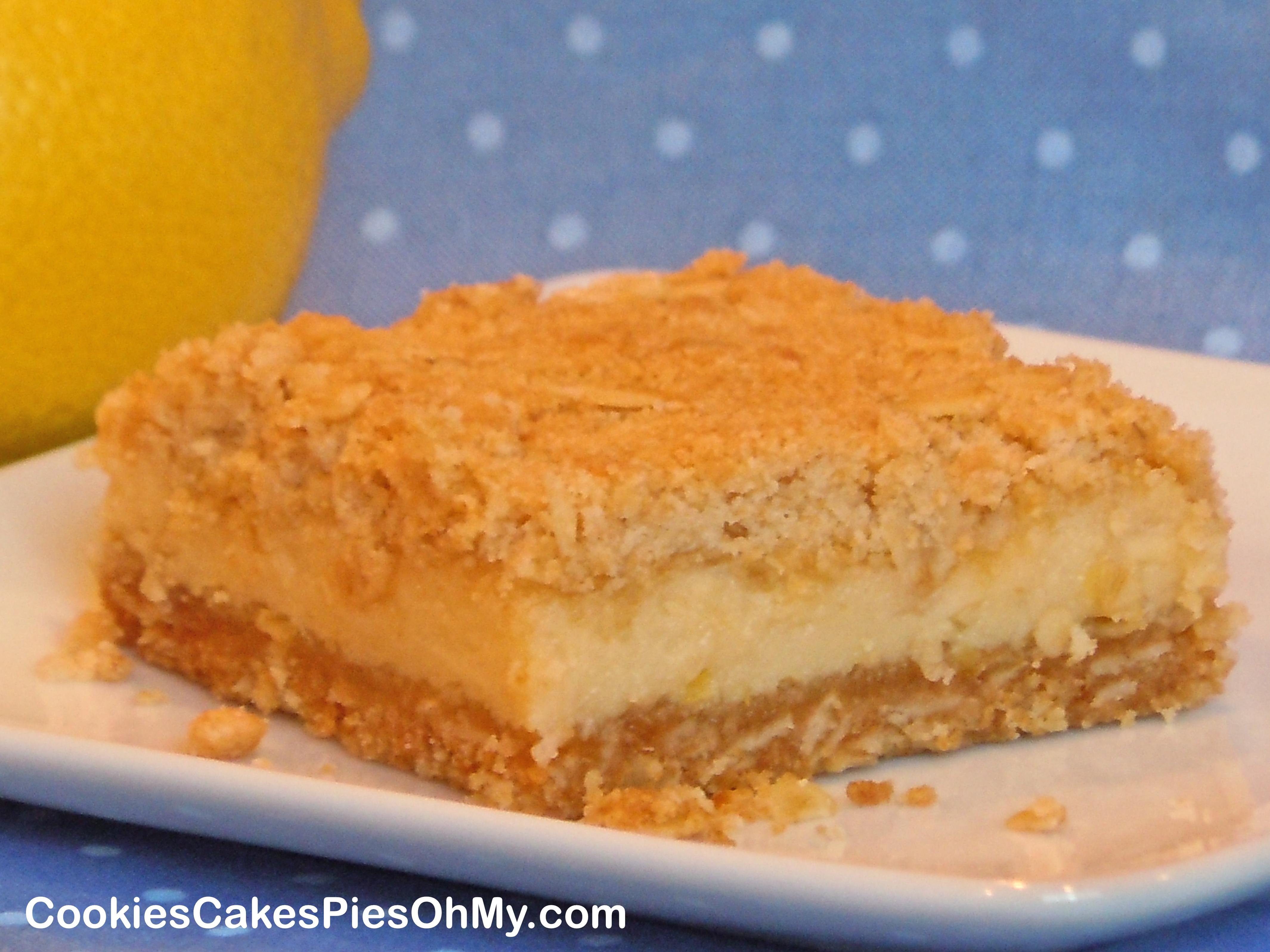 Creamy Lemon Oat Bars | CookiesCakesPiesOhMy