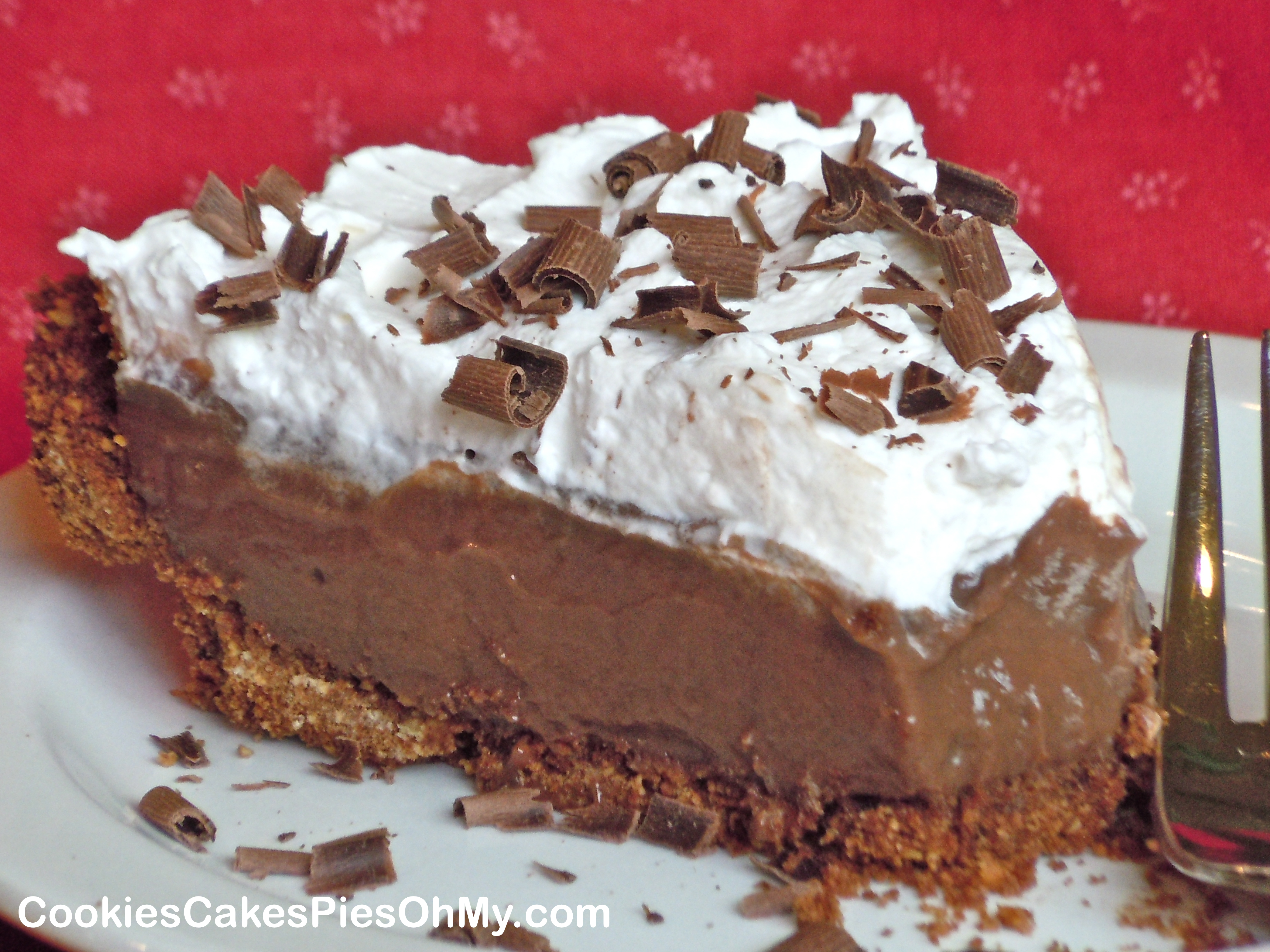 Dark Chocolate Cream Pie | CookiesCakesPiesOhMy