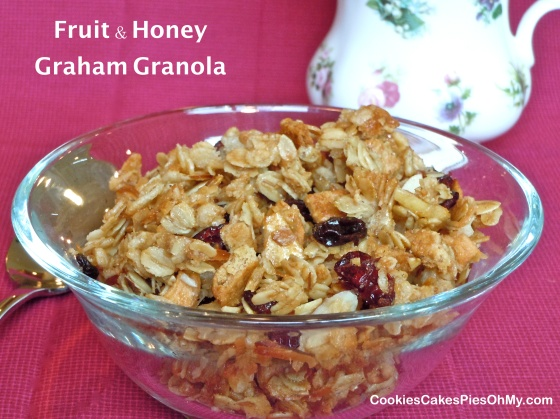 Fruit & Honey Graham Granola