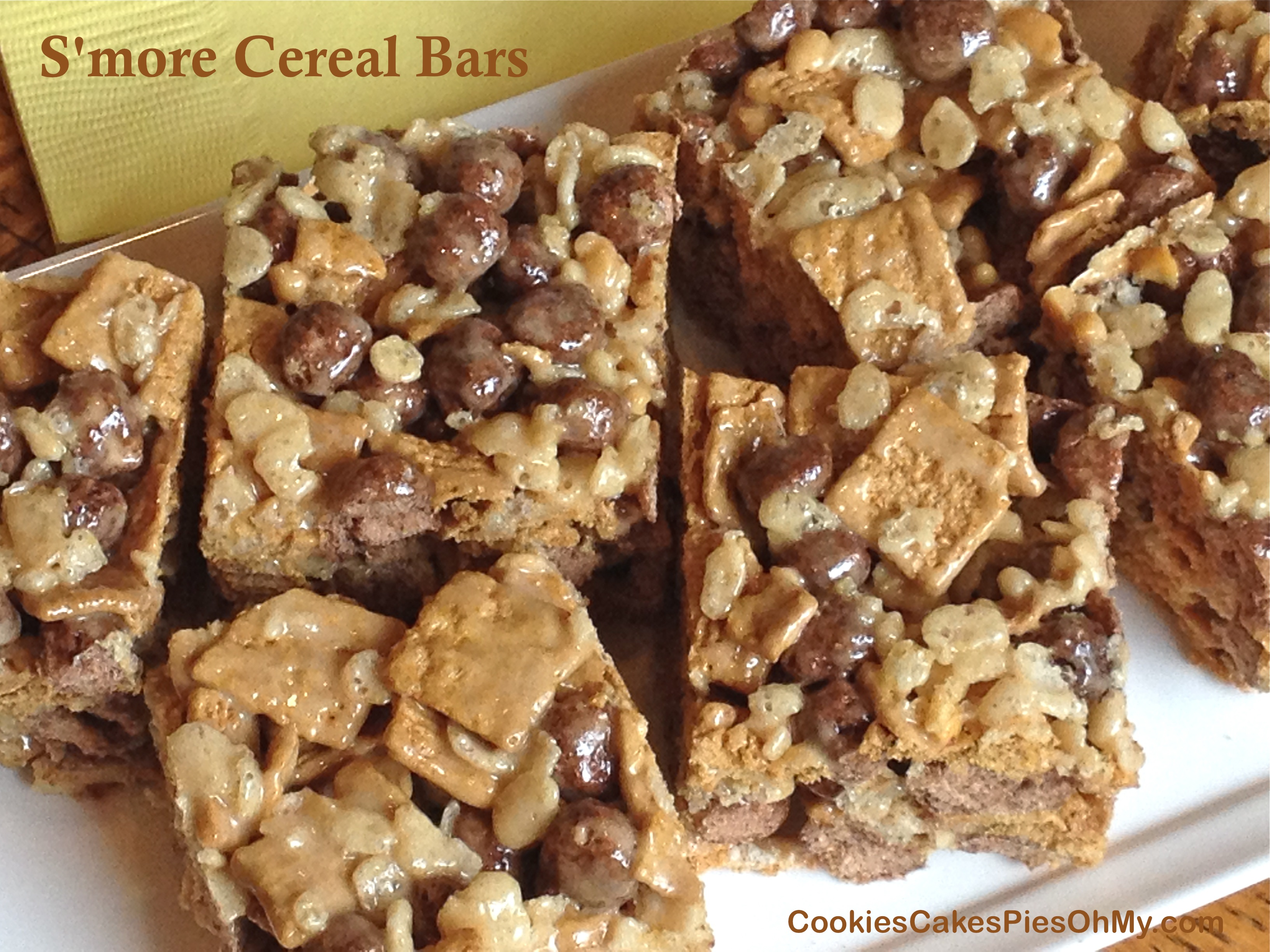 Smore cereal bars cookiescakespiesohmy smore cereal bars ccuart Choice Image
