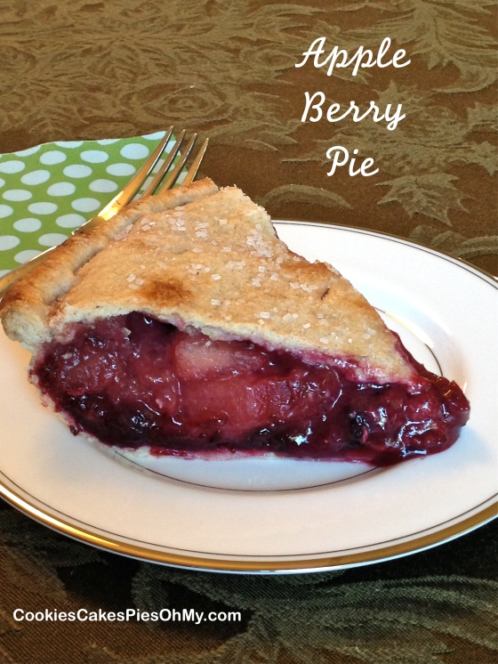 Apple Berry Pie 1