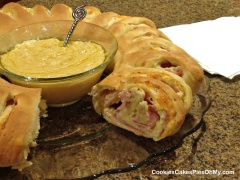 Ham & Swiss Ring with Mustard Sauce 1