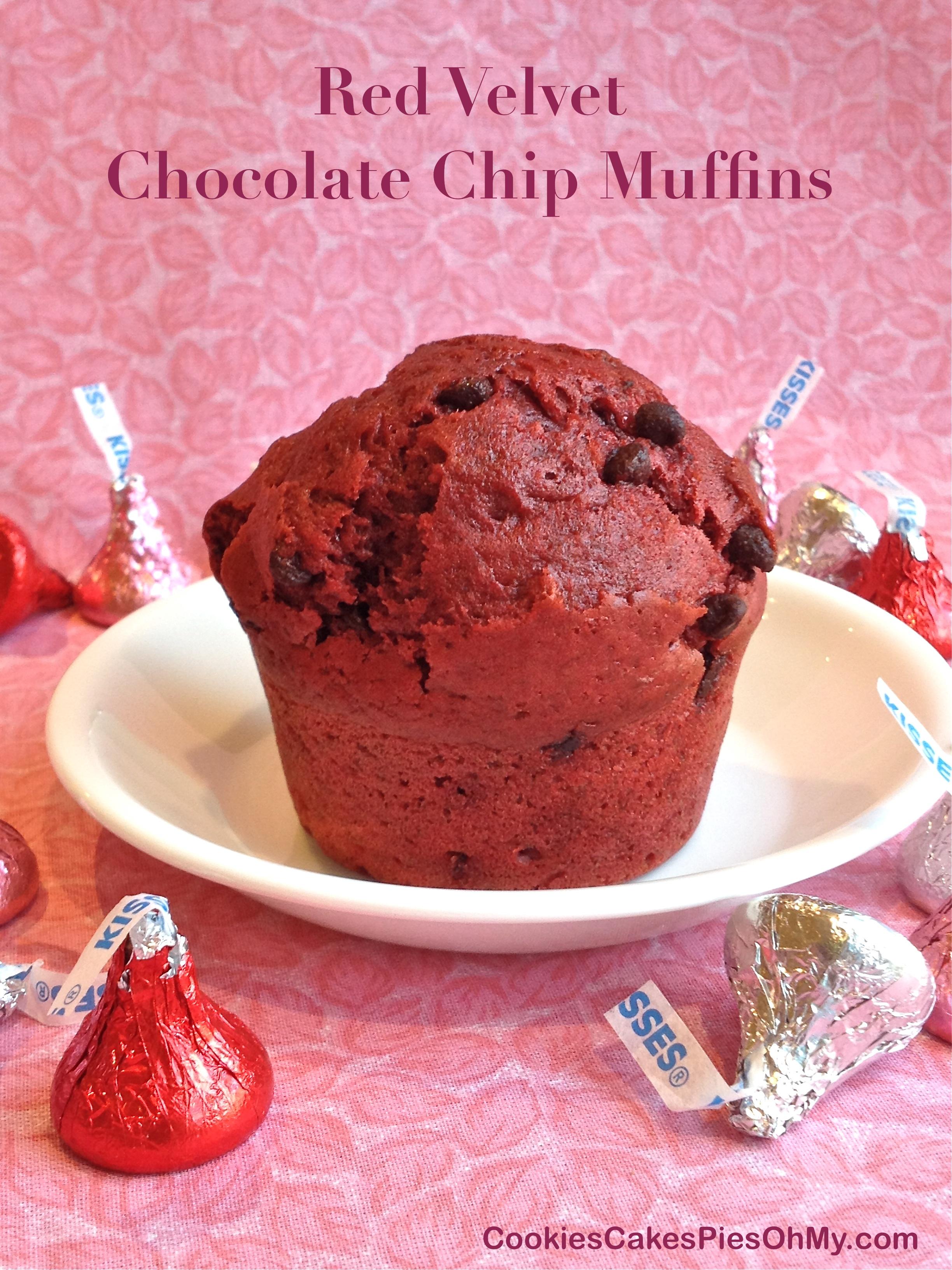 Red Velvet Chocolate Chip Muffins | CookiesCakesPiesOhMy