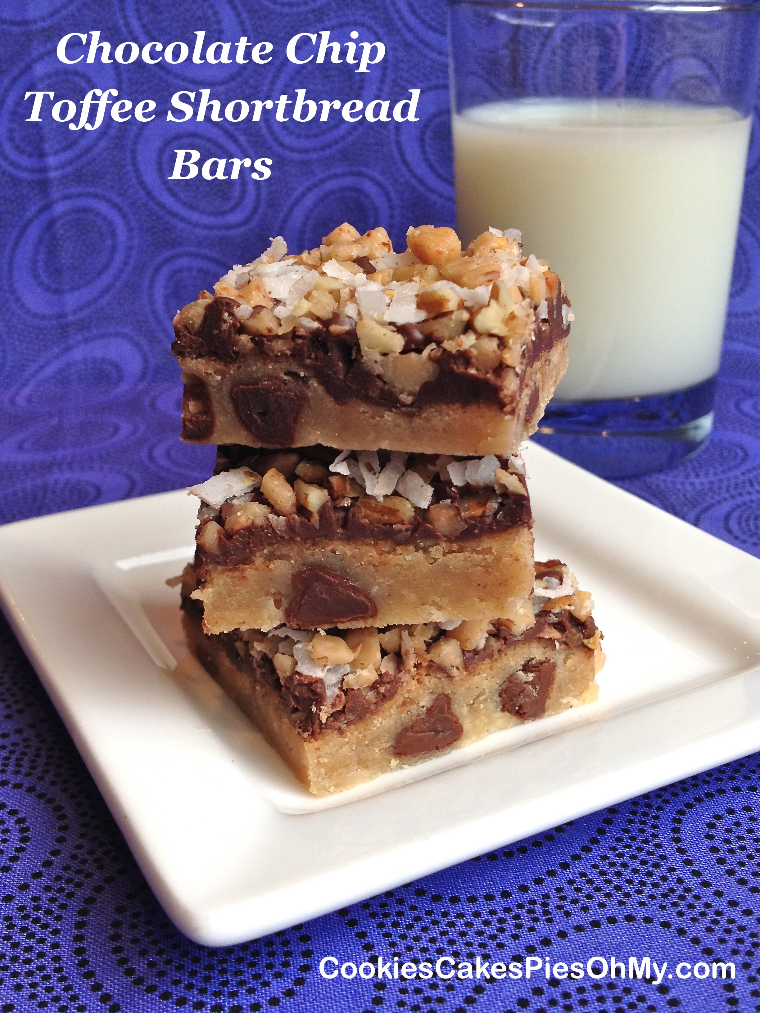 Chocolate Chip Toffee Shortbread Bars | CookiesCakesPiesOhMy