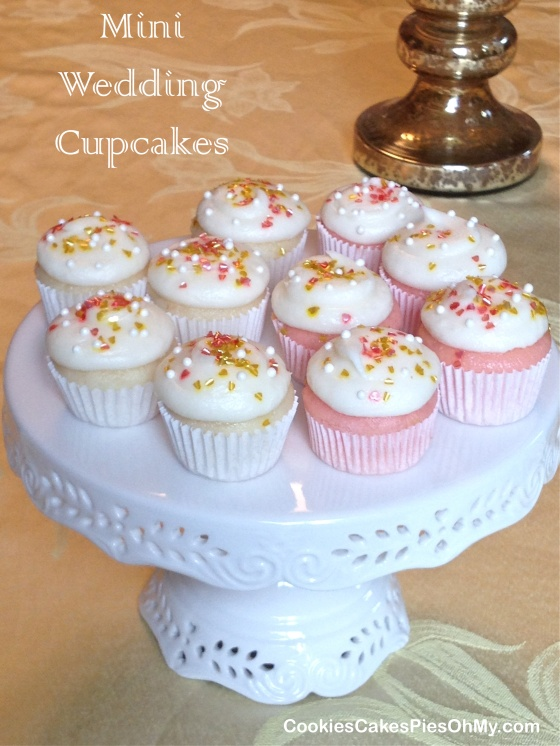 white wedding cake cupcakes from box mix mini wedding cupcakes cookiescakespiesohmy 27339